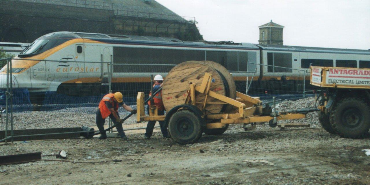 Summary chunnel tunnel project management - SlideShare